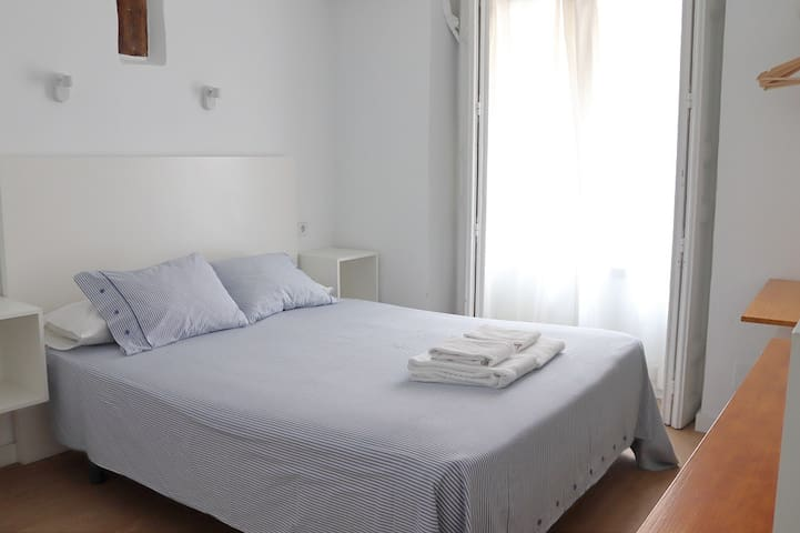 Individual room with large bed