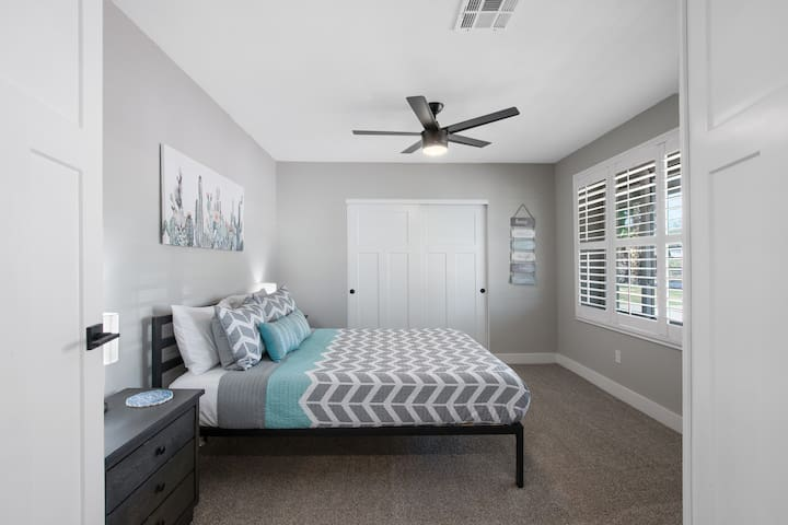"""Queen Room at The Turquoise House  """"West"""""""
