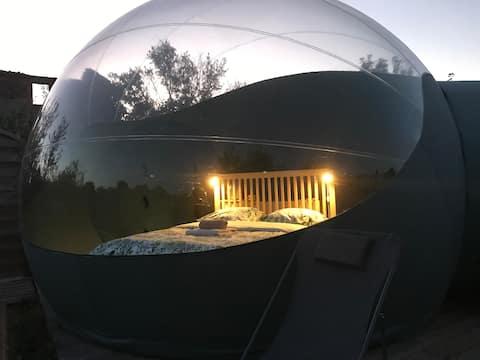Hébergement insolite la bulle Belle de nuit