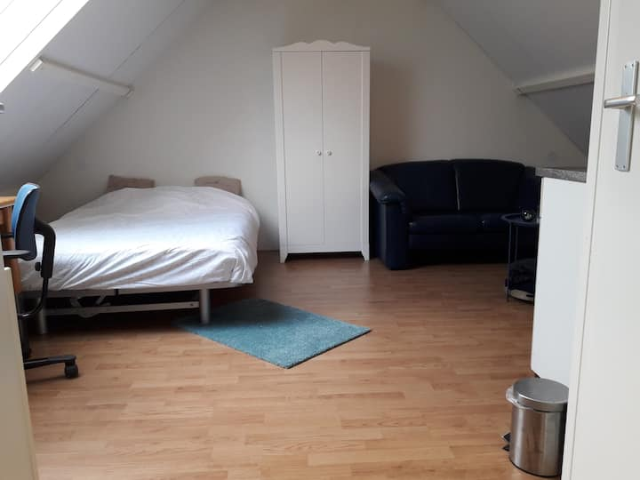 Nice room in friendly neighborhood of Kampen