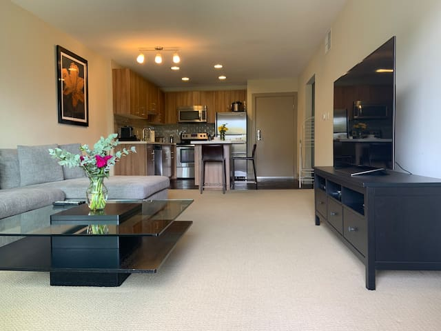 Beautiful 1BR Home in Marina Del Rey!