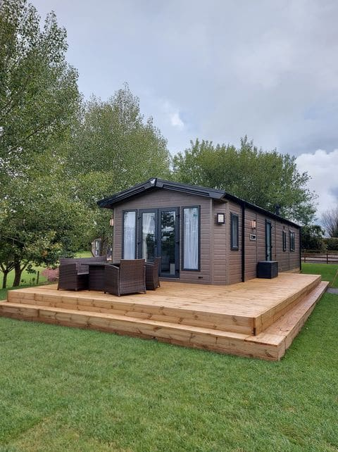Luxury Holiday Home - Windmill View