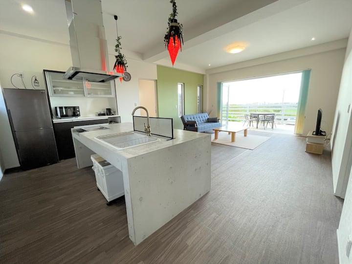 City view GOAT / 街と海と島々が見晴らせる新築一軒家!