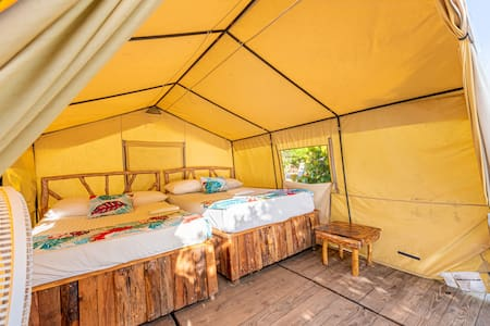 Comfort Glamping in the Beach - 3 Persons (B&B)