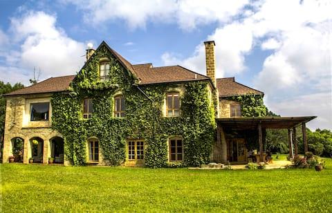 The Uligani Manor