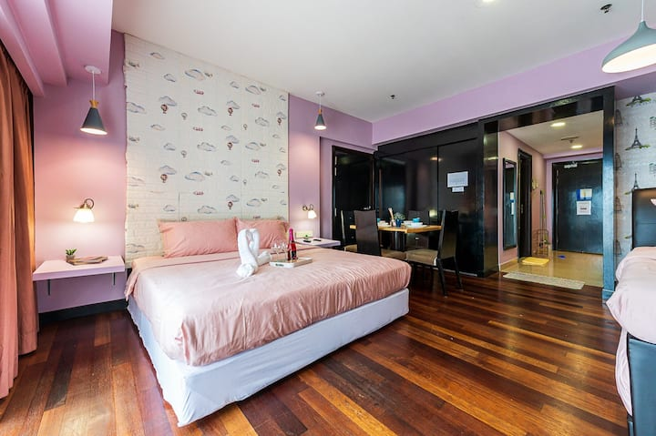 SUNWAY SUITES WT2 @ SUNWAY PYRAMID FOR 2 PAX