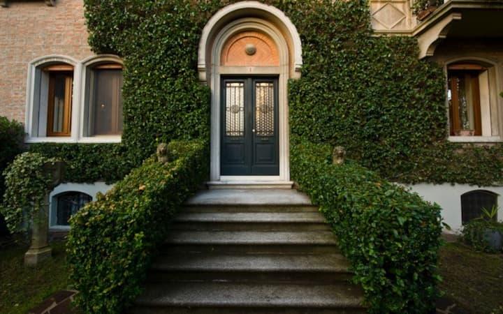 Villa Liberty con giardino privato