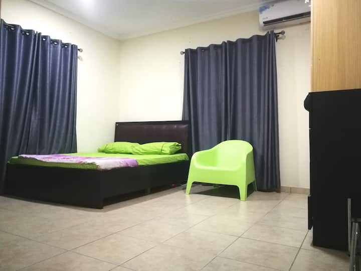 Cozy spot in Oniru Estate 5 mins from the beach
