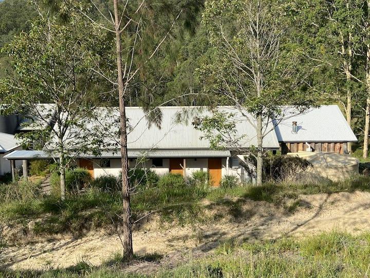 Little Monkerai - Cottage