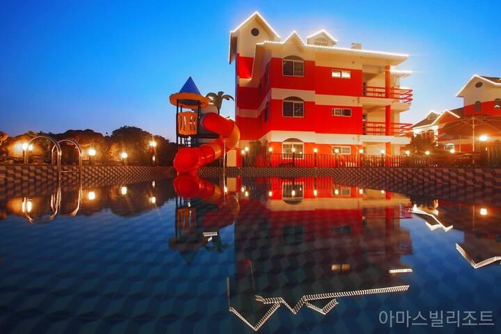 애월 / 4인 ~6인 가족룸 / 야외수영장 오픈 / 착한가격
