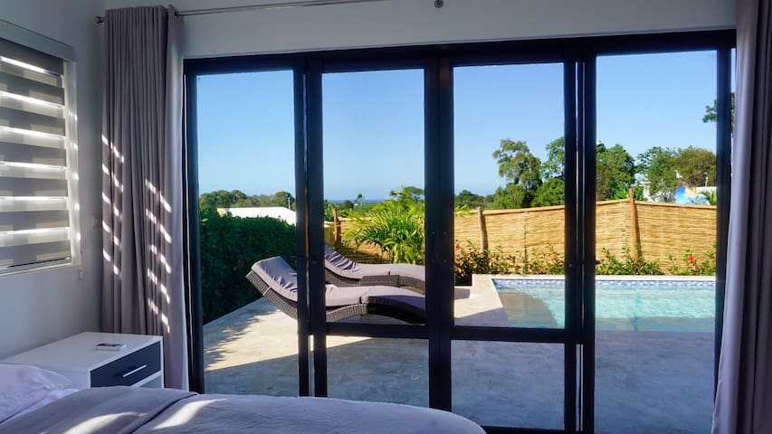 Bedroom guest #2  View terrace and pool acces