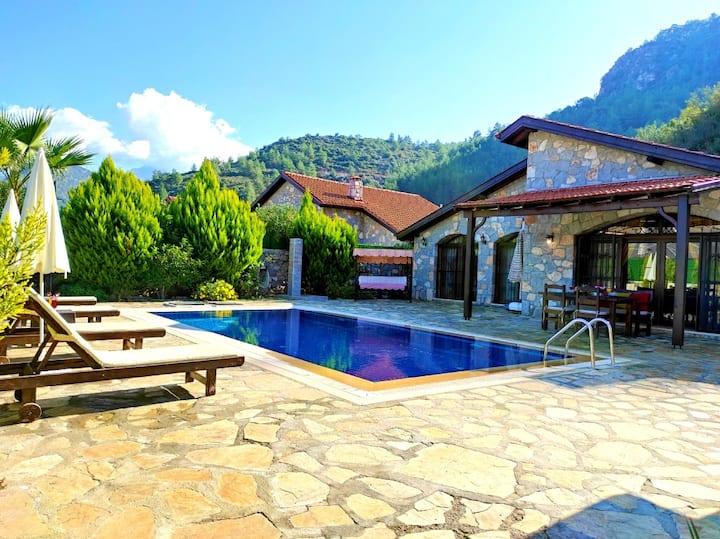 Villa Kayaköy 1 - Havuzlu Korunaklı Holiday Villas