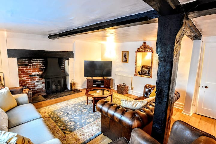 Entire 17th Century House in Beaulieu/Wifi/Parking