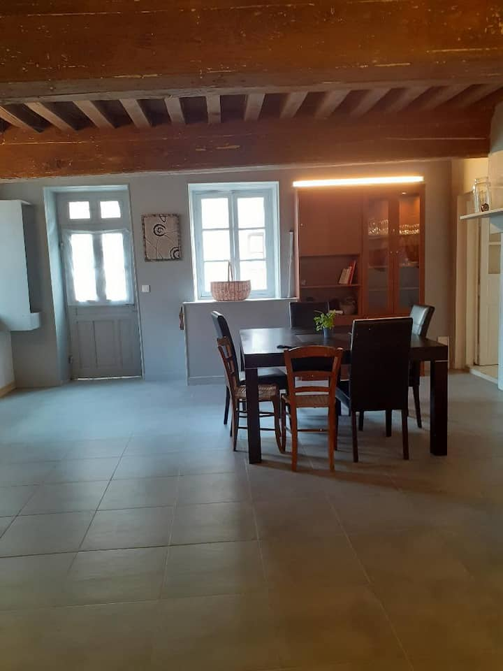 appartement 6 couchages face a l'auberge