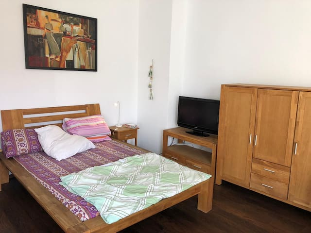 Central , Privat Studio Apartment,35qm,nice design