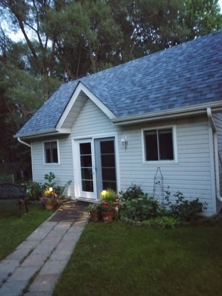 Cobourg Charm Guesthouse