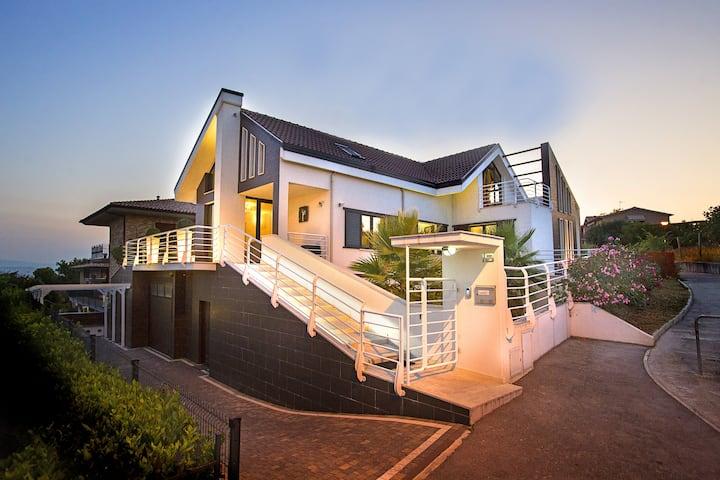 Monolocale Design con terrazza panoramica