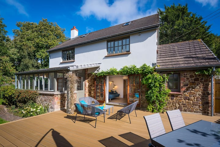 Weare Cottage | 15 min sea | 2 min pub | logburner