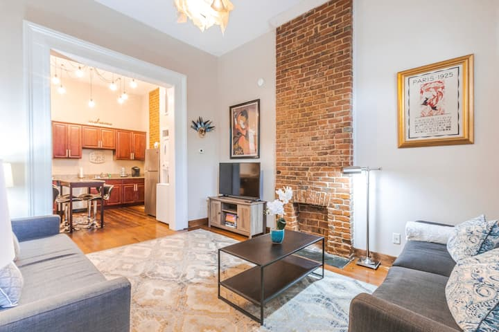 Treme Suite: Elegant 1BR/1BA + Free Parking