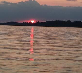 Sunset Layne Retreat!