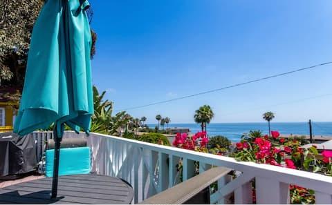Laguna Ocean View Cottage, Walk to Beach & Village