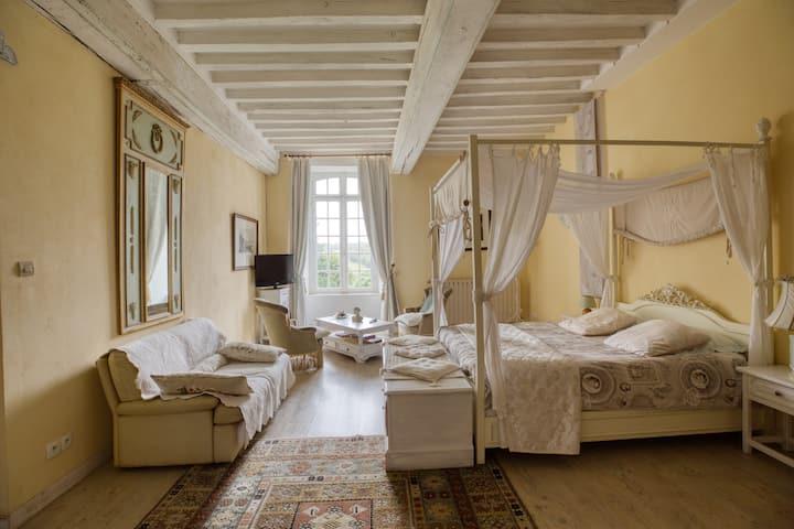 La suite Blanche Hermine