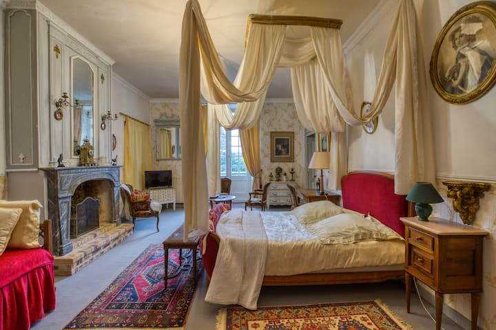 The Bouvreuil Suite