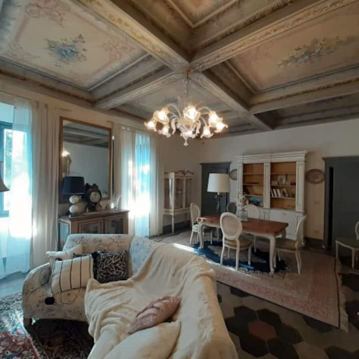 Atmosfera d'epoca sulle colline del Monferrato