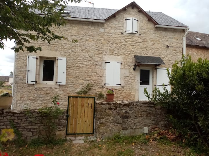Maison tranquille à Sébazac Concoures