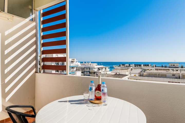 Armeria Yellow Apartment, Quarteira, Algarve !New!