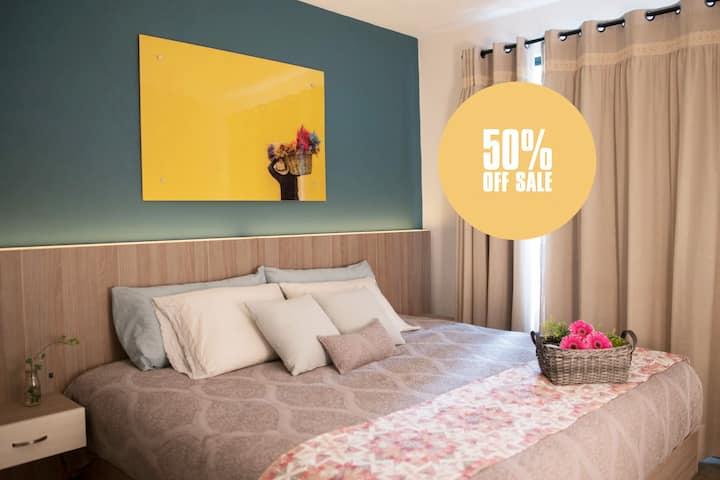 Condesa Boutique Room | KS + private bathroom