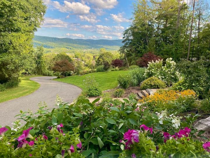 Hidden Oasis in the Berkshire Mountains