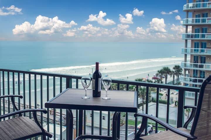 Spectacular Beach front ! Fully renovated !