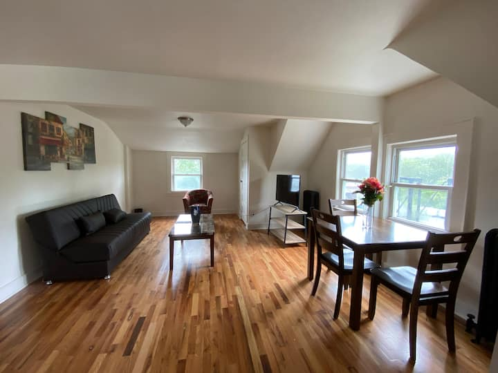 Two bedrooms apt in Montclair with in unit laundry