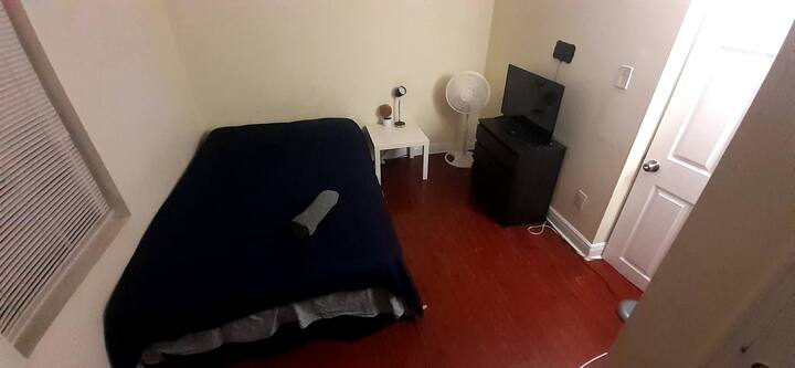 PRIVATE ROOM HOLLYWOOD BEACH 10MIN3