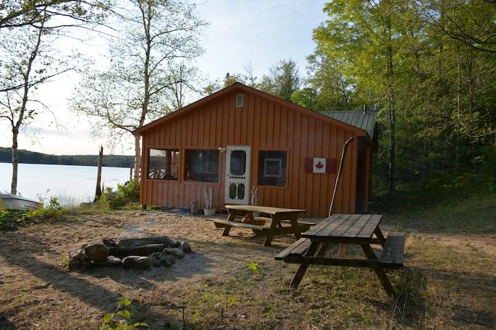 Howkins Tin Roof Cabin on Buckshot