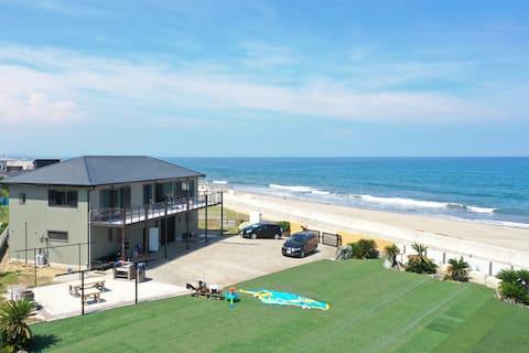 Beachfront Private Villa! Sunrise House @ Kashima