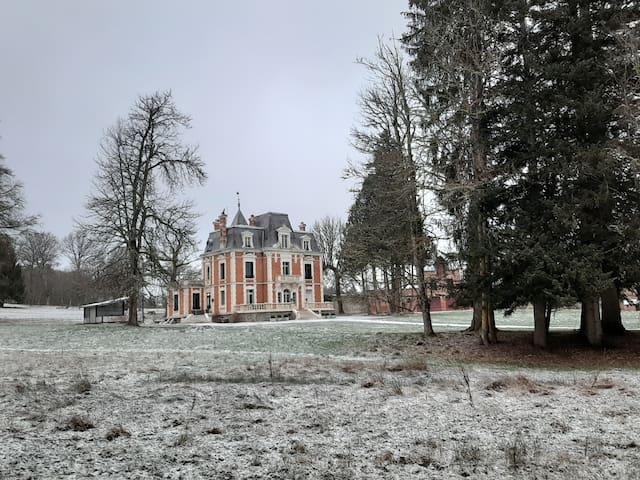 Romantische chambre d'hôtes in chateau in Creuse