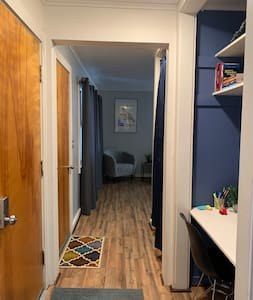 Entryway/hallway to the living room.