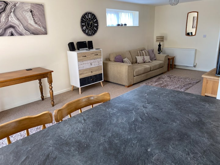 South Elmsall spacious home from home