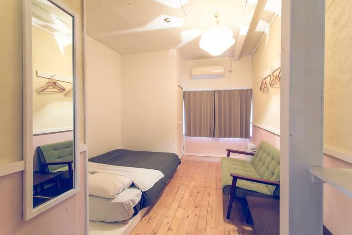 【学生限定!】GUEST HOUSE WAYA【ゲストハウスを一棟貸切!】グループでの利用に最適!