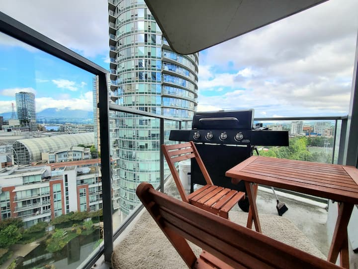 ✨Unbelievable mountain view+Free Parking+Balcony✨