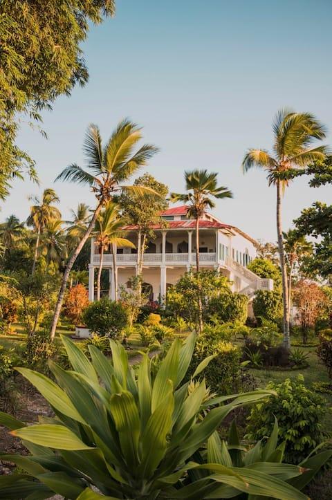 House of Royals - Sultan Said Suite (beachfront)
