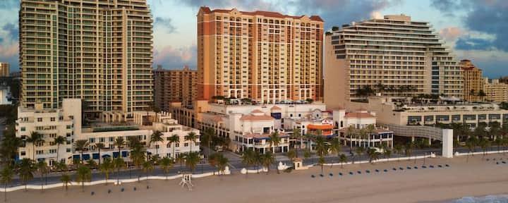 2 BR Beachfront Villa with All Amenities