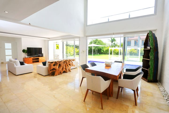 Villa Jazmines with private pool Punta Cana
