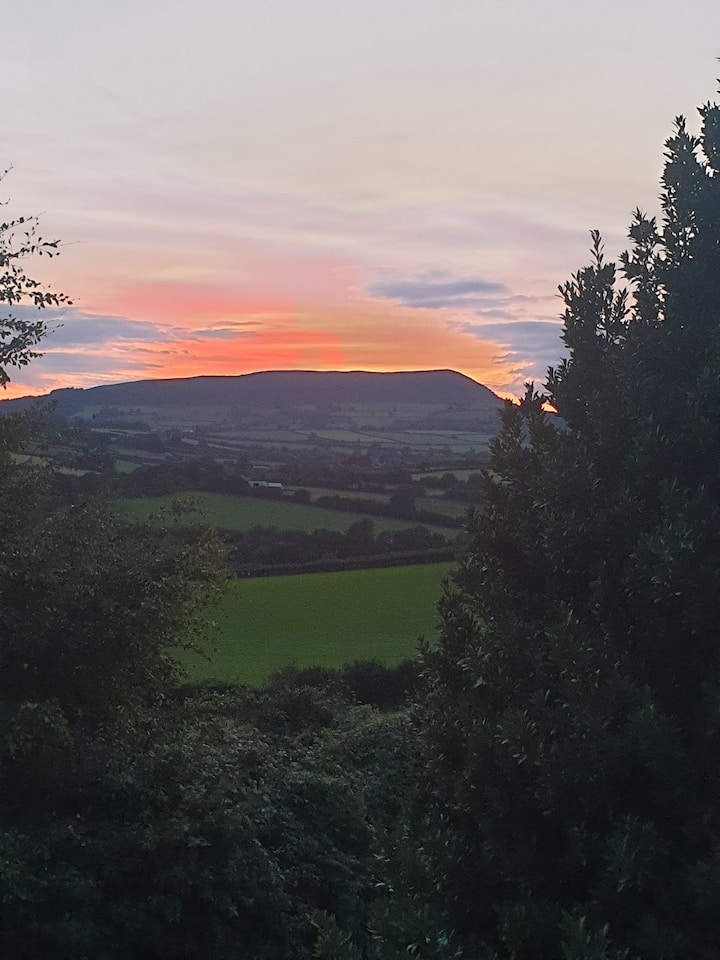Tranquil setting,stunning views in Monmouthshire