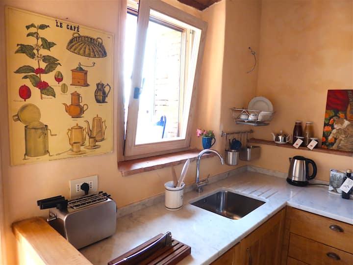 Tuscan village retreat close to hot springs