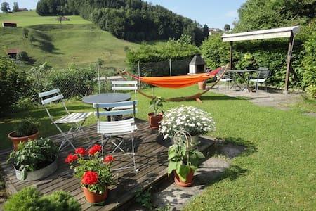 Comfort & Cute Room close to Sankt Gallen