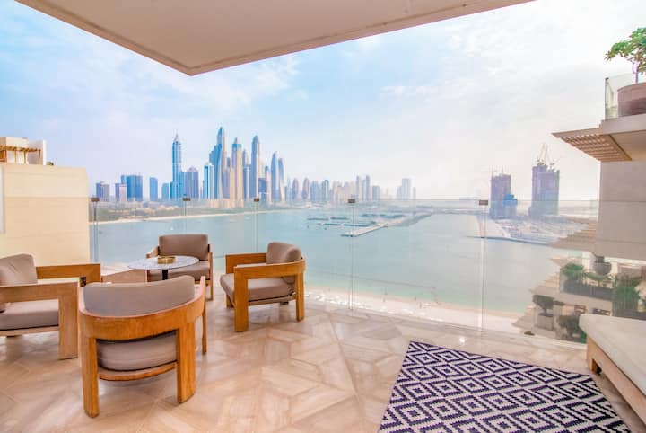 Stunning 2BR at the Iconic FIVE Palm