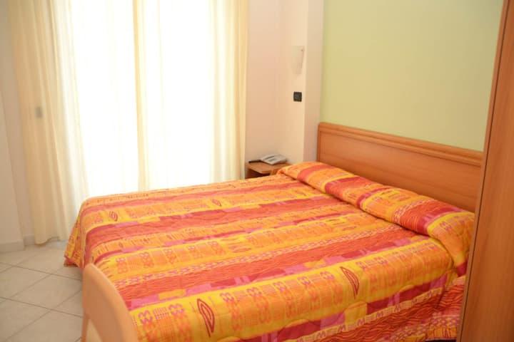 Hotel Apulia - Stanza privata 2 San Giovanni Rot